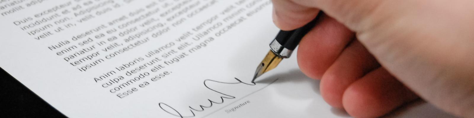 Het effect van contractclausules op verzekeringen van ondernemingen