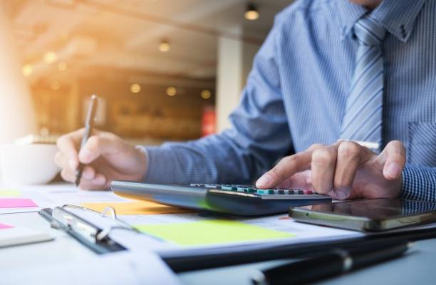 L'analyse des comptes annuels : comment améliorer mes connaissances des chiffres de mes clients et prospects ?  Comment évaluer la santé financière d'une entreprise ?