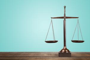 Successieplanning met bijzondere en 'taks-weerbare' clausules